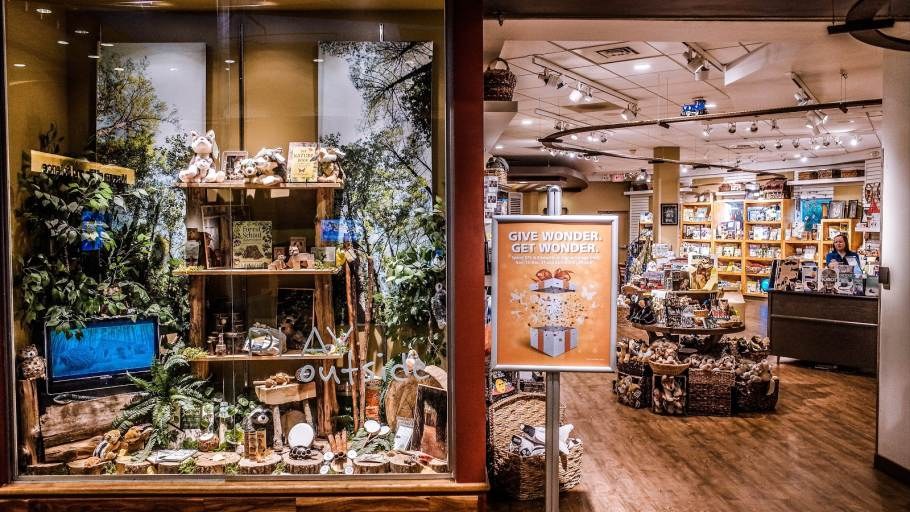 Elements Museum Store & Coffee Bar
