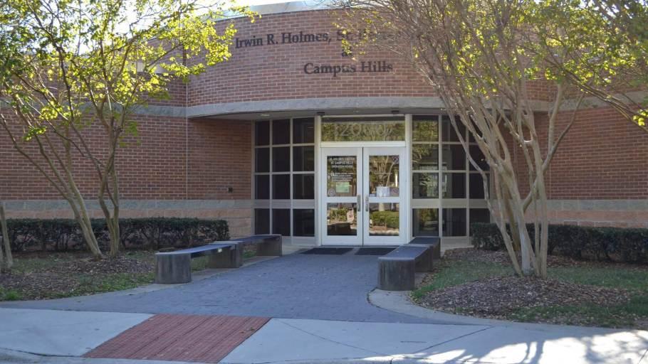 Irwin R. Holmes Sr. Recreation Center at Campus Hills Park